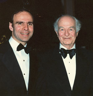 Linus Pauling with Dr. Kunin